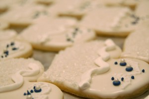 porcelain-heart-cookies